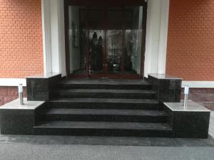 trepte granit rar bucuresti 1